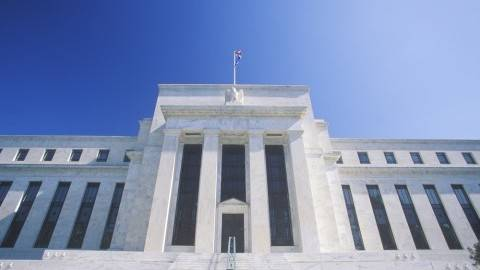 Federal Reserve reaction: No deviation
