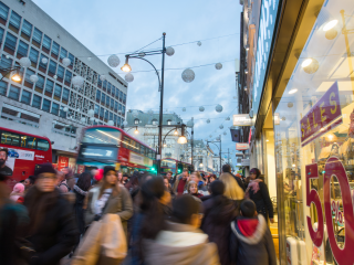 UK retail sales sink in Black Friday aftermath
