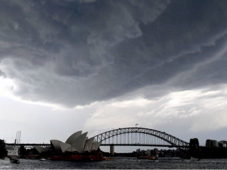 Australia home loan approvals fall less than expected